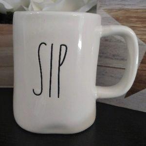 New Rae Dunn Sip Mug